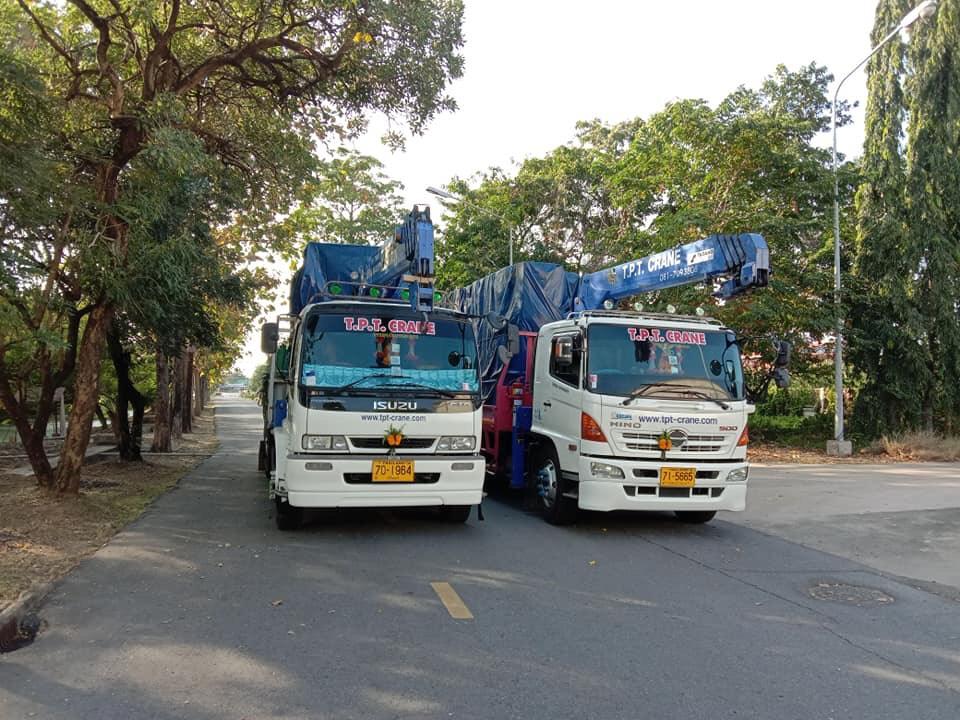 รถเฮี๊ยบรับจ้างชลบุรี